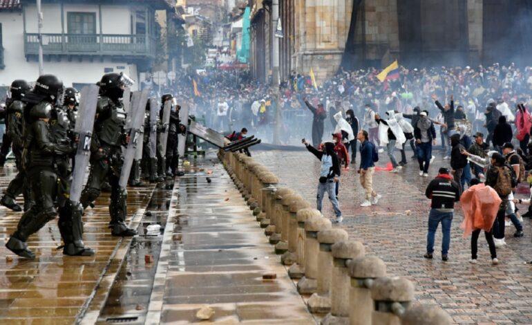 Dos personas muertas, 12 heridas y 26 detenidos en la primera jornada del Paro Nacional