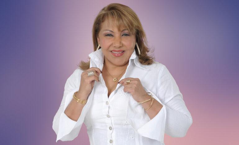 """Aida Luz Villa, La Cantora de Dios, presenta """"Te amaré toda la vida""""."""