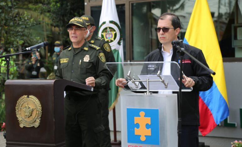 Judicializados presuntos responsables de incendiar CAI y motos de la policía en Bogotá