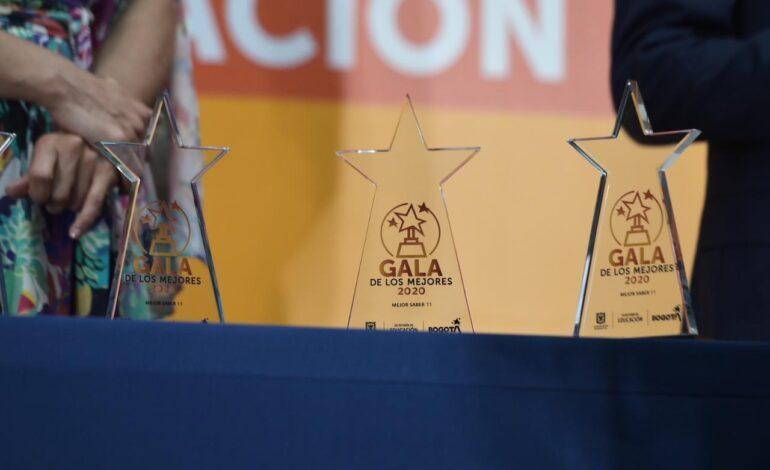Educación de Bogotá premió a los mejores en las pruebas Saber 11º de 2020