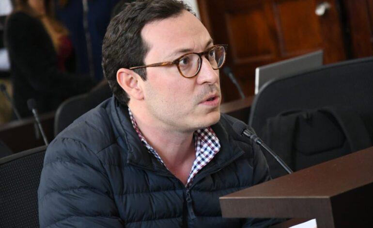 No sueño con ser alcalde de Bogotá pero sí pido que la alcaldesa deje de mentir: Juan Baena