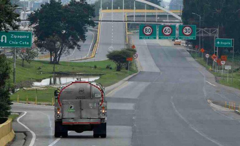914 mil vehículos se movieron este puente festivo por las vías departamentales
