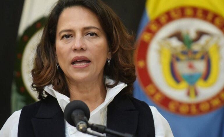"""""""El Gobierno Nacional trabaja todos los días en la protección de los derechos humanos de todas las personas que se encuentran en territorio colombiano"""",      Nancy Patricia Gutiérrez"""