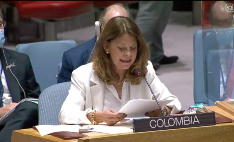 Tenemos un compromiso indeclinable con la paz de Colombia: Marta Lucía Ramírez