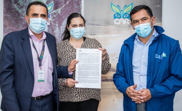 CAR y alcaldía de Villapinzón firman convenio para construcción de Planta de Tratamiento de Aguas Residuales